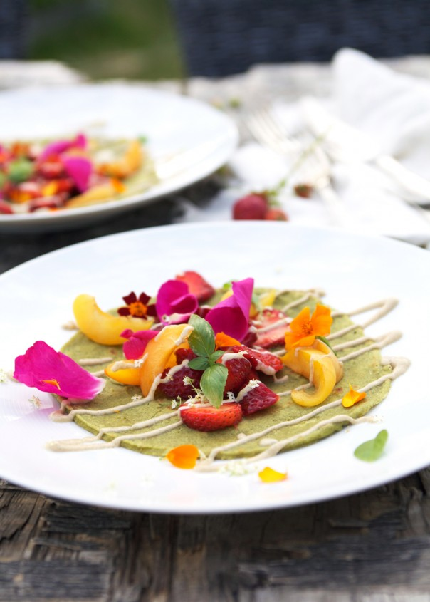 Miraculous Green Crépes w raw vanilla hemp sauce @Earthsprout.com