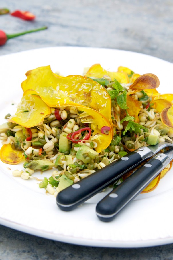 Magical mung bean sprouts + zucchini coconut chips at Earthsprout.com