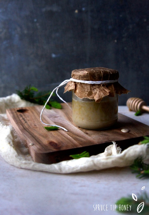 [DIY] Raw Oatghurt w Spruce Tip Honey on www.Earthsprout.com