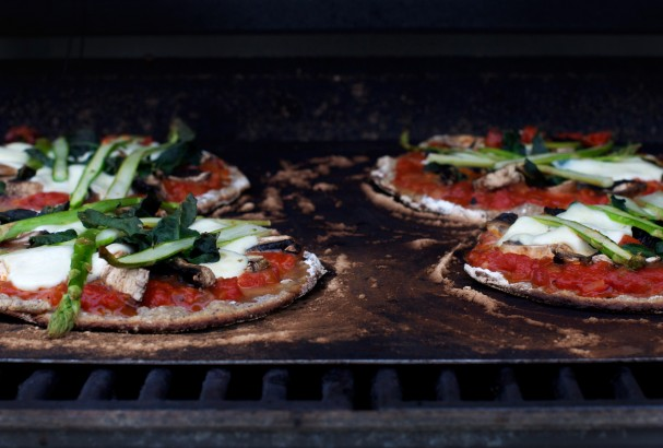 Gluten Free Grilled Sourdough Pizza at www.Earthsprout.com