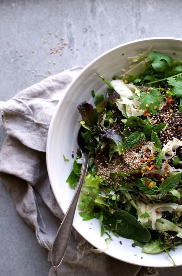 Shawarma Spice & Herb Salad w Tangy Fennel Kicks & Black Quinoa