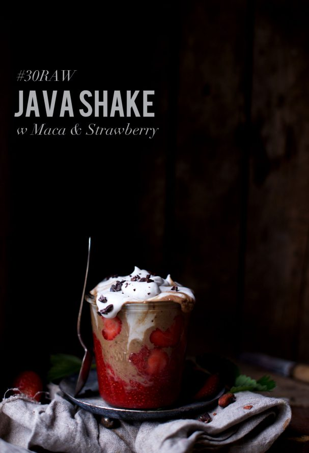 App Sale + Giveaway | Java Shake w Maca & Strawberry @ www.earthsprout.com